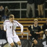 Men's Soccer Defeats Vermont 1-0, Advances